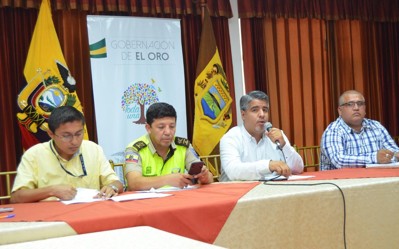 Hubo sesión de trabajo con participación de la Policía Nacional  Gobernación busca articular planes  de seguridad con los GAD´S orenses