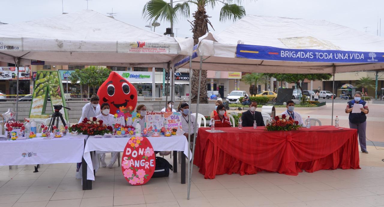 Autoridades y ciudadanos se sumaron a la campaña de donación voluntaria de sangre