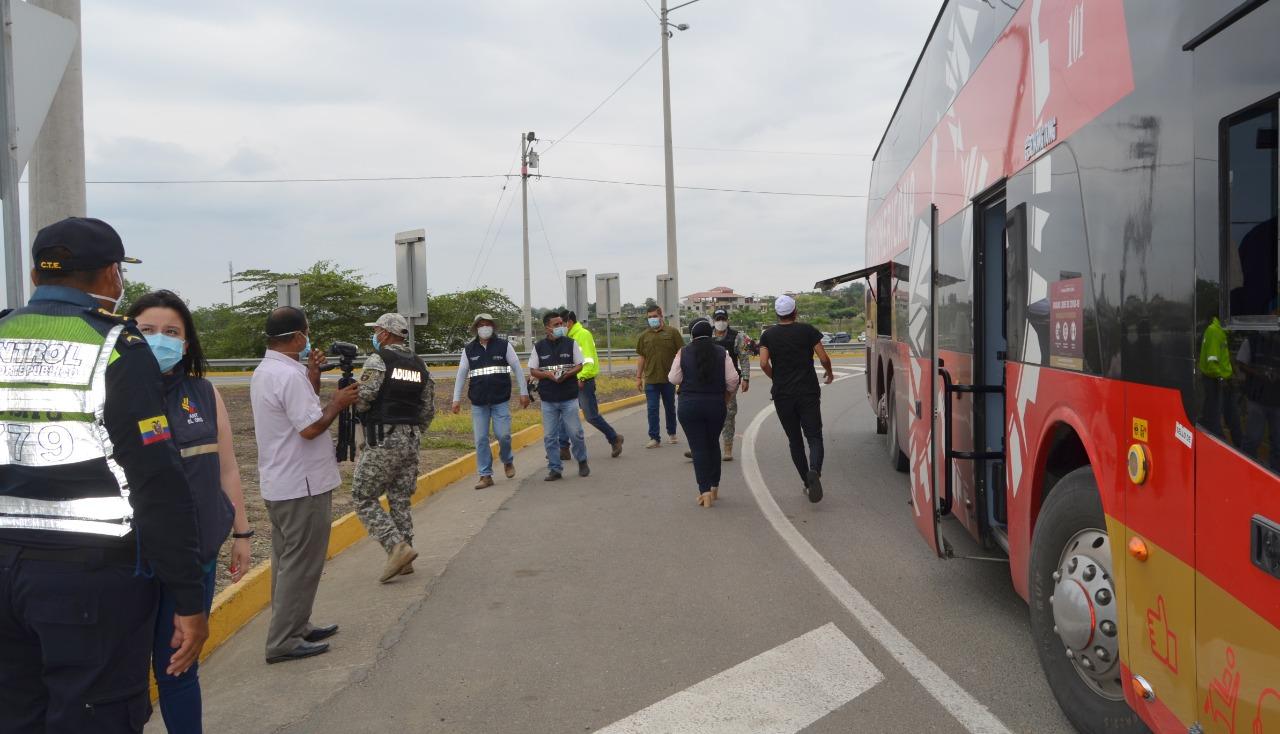 Gobernador Gámez lidera Operativo Vía Segura en el cantón Arenillas
