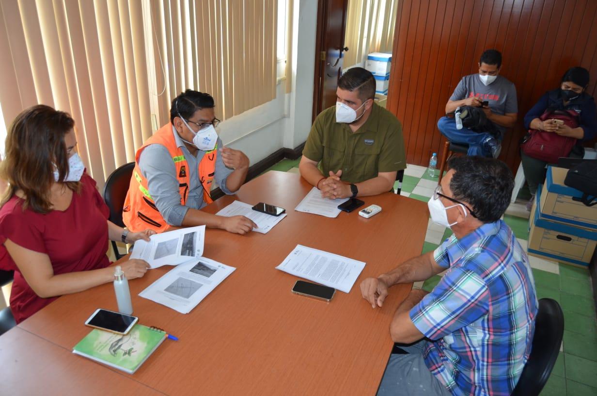 Gobernador evaluó trabajos desarrollados en puente La Iberia