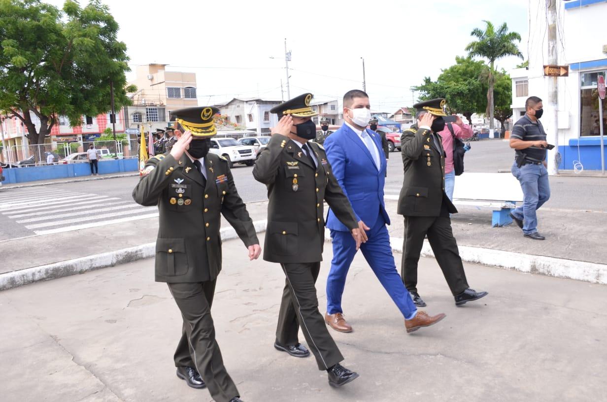 Gobernador Gámez dio la bienvenida a nuevo Jefe de Policía Subzona El Oro