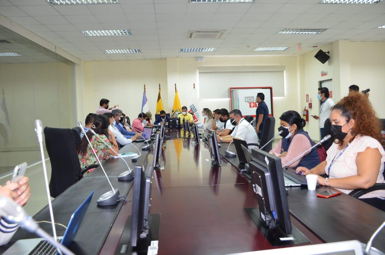 Autoridades de la provincia aúnan esfuerzos para cumplimiento de Estado de Excepción